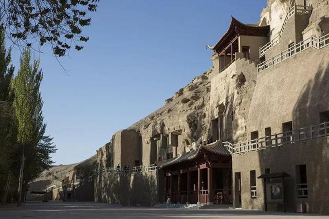 莫高窟开凿、重修洞窟287个的朝代,究竟有什么故事